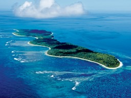 Desroches Island - View from the air to the versatile island with its various possibilities.
