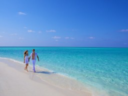Honeymoon - Enjoy this fantastic scenery with your partner.