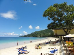 Beau Vallon Beach - Enjoying the beach life