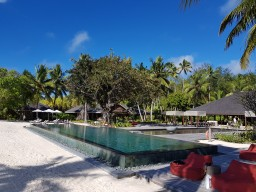 Main Pool Impressionen Four Seasons Resort Seychelles at Desroches Island