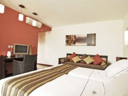 Deluxe Room - Comfortable and simple rooms awaits you.