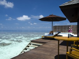 Water Suite Villa - Example of a water villa with direct sea access and large living area leaves no wishes unfulfilled.